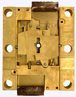 Chatwood Invincible, 12 lever lock interior